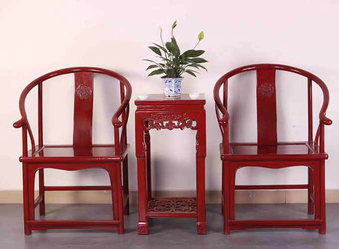 05 Custom Make Horseshoe Chair Set